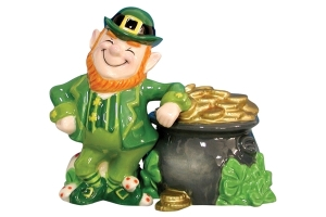 Leprechaun-Pot-of-Gold-Salt-Pepper-Shakers_6256-l