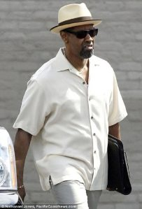 Denzel-Washington-in-2-Guns2