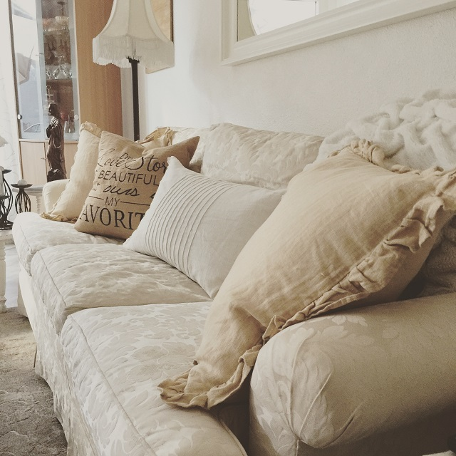 couch_Kathy-Monkman-Higham